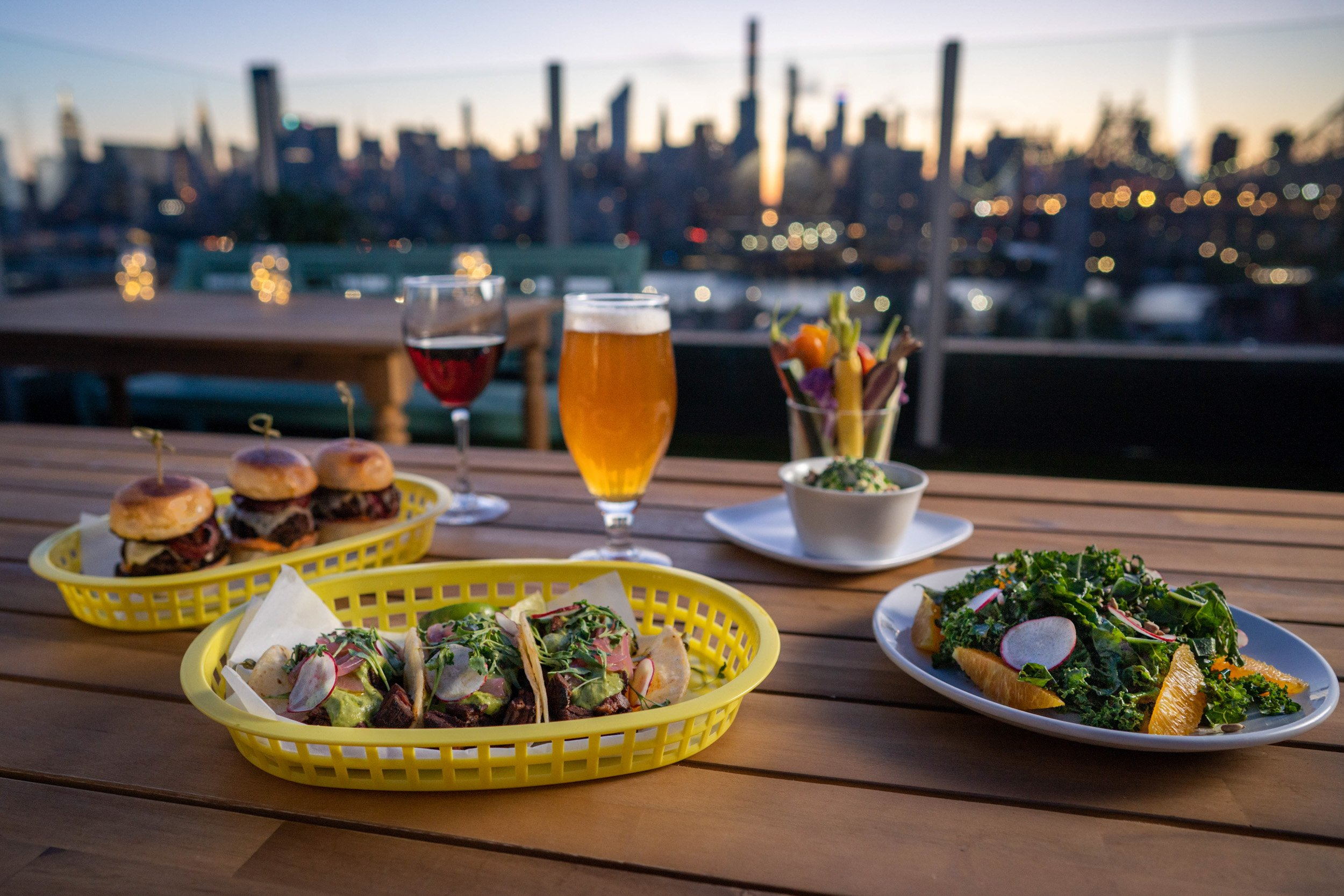 Savanna Rooftop NYC - Food & Drinks