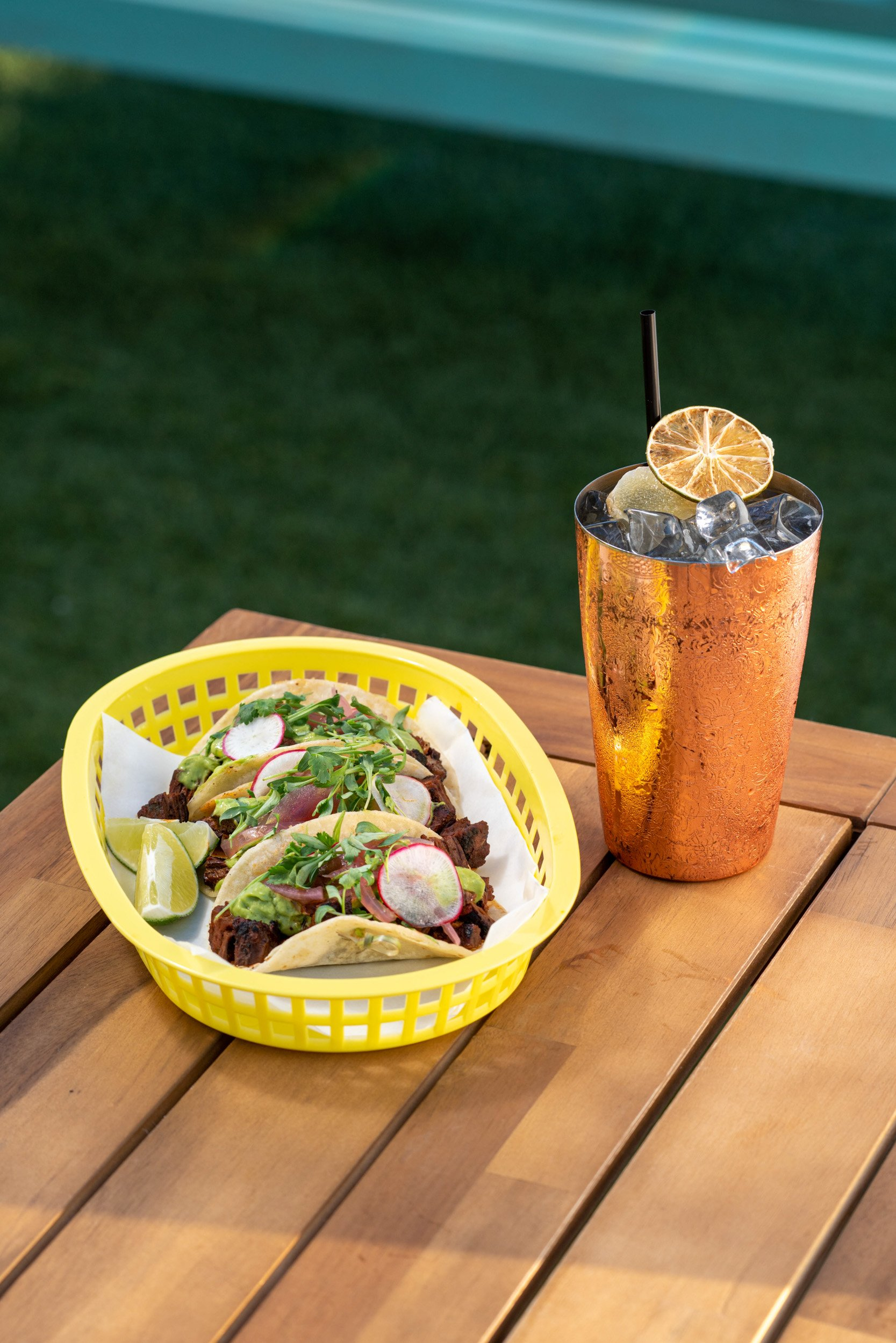 Savanna Rooftop NYC - Food Tacos & Cocktail